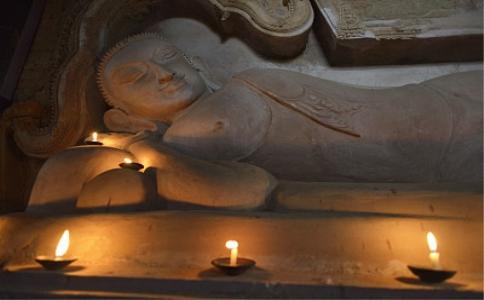 从《地藏菩萨本愿经》谈佛教的孝亲观和轮回观