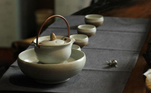 一柱香一杯茶 就是一生的缘